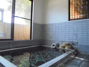 とうめいな湯『単純泉』家族風呂2室(ザボンはありません)