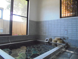 とうめいな湯『単純泉』家族風呂2室(ザボンなし)