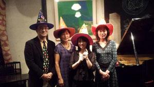 左から、高橋明治さん(Pf)、岸本いずみさん(Pf)、柳川優子、杉浦清美さん(Vn)