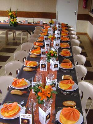 Avenay - repas des ainés 2013 - la salle