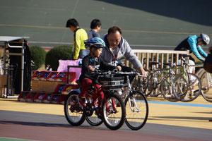 今日 自転車に乗れるようになりましたよ!