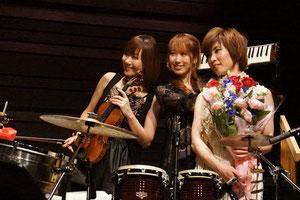 素晴らしい演奏を披露してくれたmaiko, keiko, youの三人