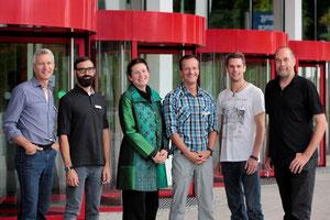 Im Bild von Links: Pete Mijnssen (Herausgeber und Chefredakteur Velojournal), Felix Böhlken (Redakteur RoadBIKE), Claudia Maiwald (Bundesgeschäftsführerin des Ökologischen Verkehrsclubs VCD), Bernd-Uw