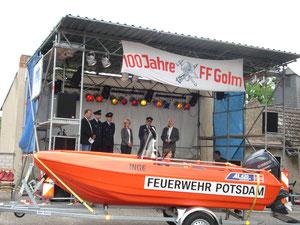 Übergabe des Rettungsbootes