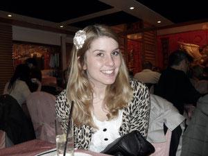 Angie ist erst 19. Sie muss als Studentin noch keine AHV-Beiträge zahlen
