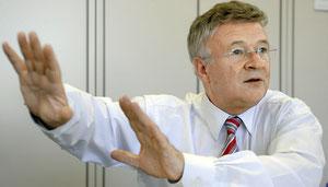 Hände weg vor Billigkassen: Albrecht Rychen, Präsident der Krankenkasse Visana.