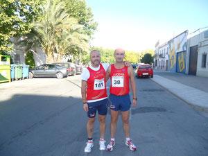 Juan Valera a la izquierda y Pedro Díaz  a la derecha momentos  antes de la prueba.