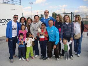 Lucena con la familia de Antonio Cañadas