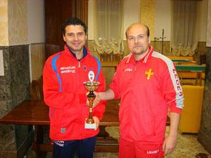 Il vincitore Ivano Russo premiato dal vicepresidente Cesare Natoli