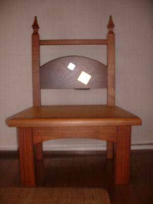 クリの木の椅子 金箔付き