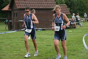 Marcell Görke und Nicole von Döllen auf der Laufstrecke