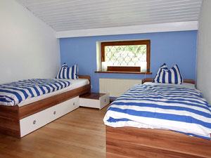 Das 2.separate Schlafzimmer mit Einzelbetten