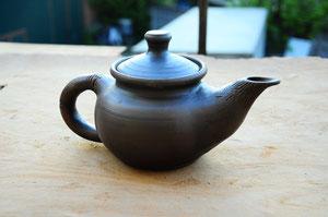 Глиняный чайник фото