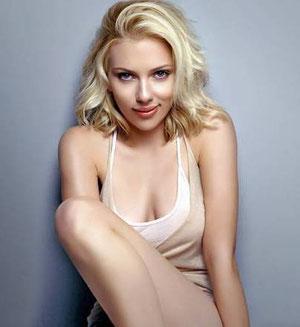 Scarlett Johansson.- cartoonja.com