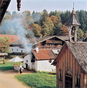 Glasstraße: Museumsdorf Bayerischer Wald, Tittling