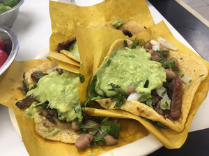 メキシコの代表料理タコス