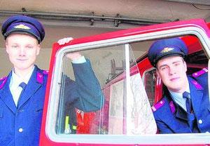 Stefan Bruckmann (r.) ist mit seinem Stellvertreter Silvio Schmidt ein starkes Team bei der Großzössener Freiwilligen Feuerwehr. Foto: Roger Dietze