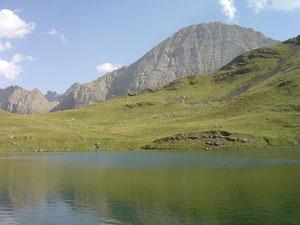 Gavarnie : Le Taillon vu du lac des Espécières