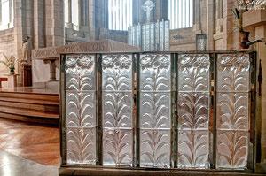 La chapelle Lalique à Douvres la Délivrande