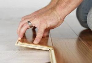 Snel-kliklaminaat plaats je met je handen