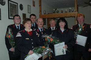 Enno Handge, Heike Diedrichs, Mathias Schultze, Gerhard Scheffler, Konrad Gohr, Ruth Rodenbeck und Gerhard Henkner (v.l.) (Foto V. Langner)