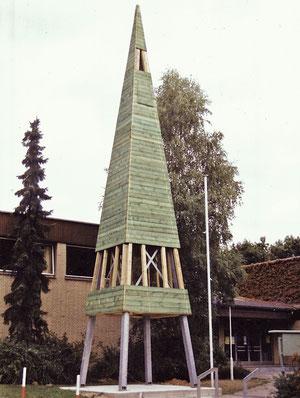 Bau des Glockenturms 1989 // Foto: privat