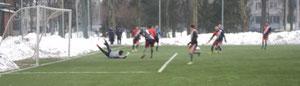 """Вратарь """"Энергии"""" парирует удар Александрова, а на соседнем снимке мяч в сетке."""