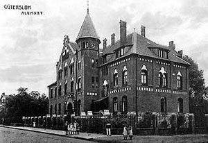 Alumnat an der Roonstraße von 1902