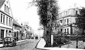 Kökerstraße von der Ecke Bahnhofstraße gesehen, um 1890