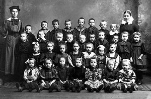 Kinderschule Moltkestraße 1910