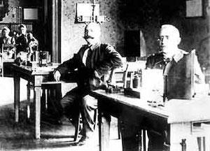 Telegraphisten im Postamt Gütersloh um 1905