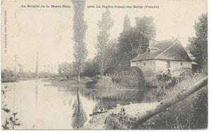 La Roche-Posay CP104-Moulin