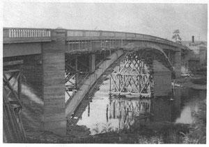 Lésigny-Ph017-Pont béton
