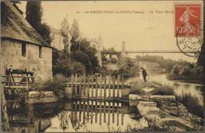 La Roche-Posay CP121-Moulin