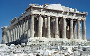 ご存じのパルテノン神殿  世界大戦で破壊されなければ、もっとすばらしい状態で建っていたことでしょう