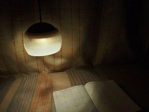 斎藤記者も愛用しているアウトドア用LEDランタン  Photo by morie hirai