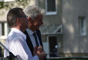 Pfarrer Michael Winkler und Landesbischof Dr. Cornelius-Bundschuh (v. li)