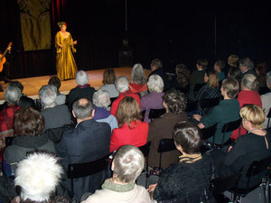 La Lupa wusste am Jubiläumskonzert des Frauenkulturarchivs zu begeistern. (Bild Redolfi)