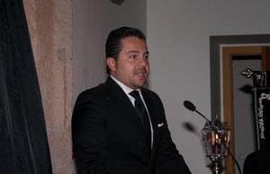 El escultor e imaginero, Manuel Martín Nieto, dirigió unas sentidas palabras al público allí presente.
