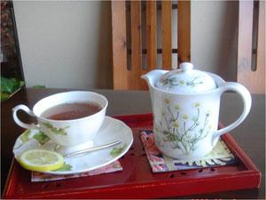紅茶(ポットサービス)