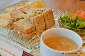 LifeTeria blog ブログ kaiteki cafe
