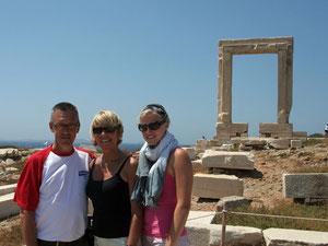 Zicht op Portara op Naxos