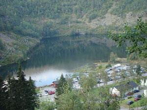 Sicht auf den P2 Parkplatz in Skjeggedal