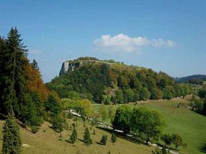 Lochen, Schwäbische Alb, vom Weg zum Wenzelstein aus gesehen. Foto: Manuel Werner