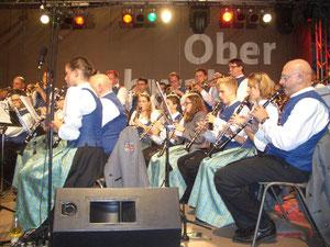 Musiker im Einsatz: Hier die Klarinetten und Trompeten in Aktion