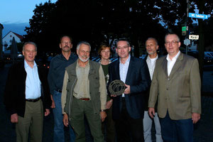 Axel Götze-Rohen im Kreise einiger Gründungsmitglieder