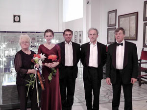 Olga Solovieva with  Vilnius String Quartet after the concert at the Museum of Applied Art, (c) by Igor Prokhorov