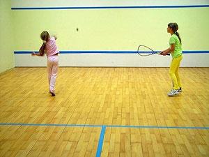 Squash Kindertraining oder einfach ausprobieren