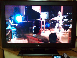 演奏後、VTRで反省点を即チェック!です。