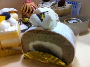 16区奄美黒糖のロール